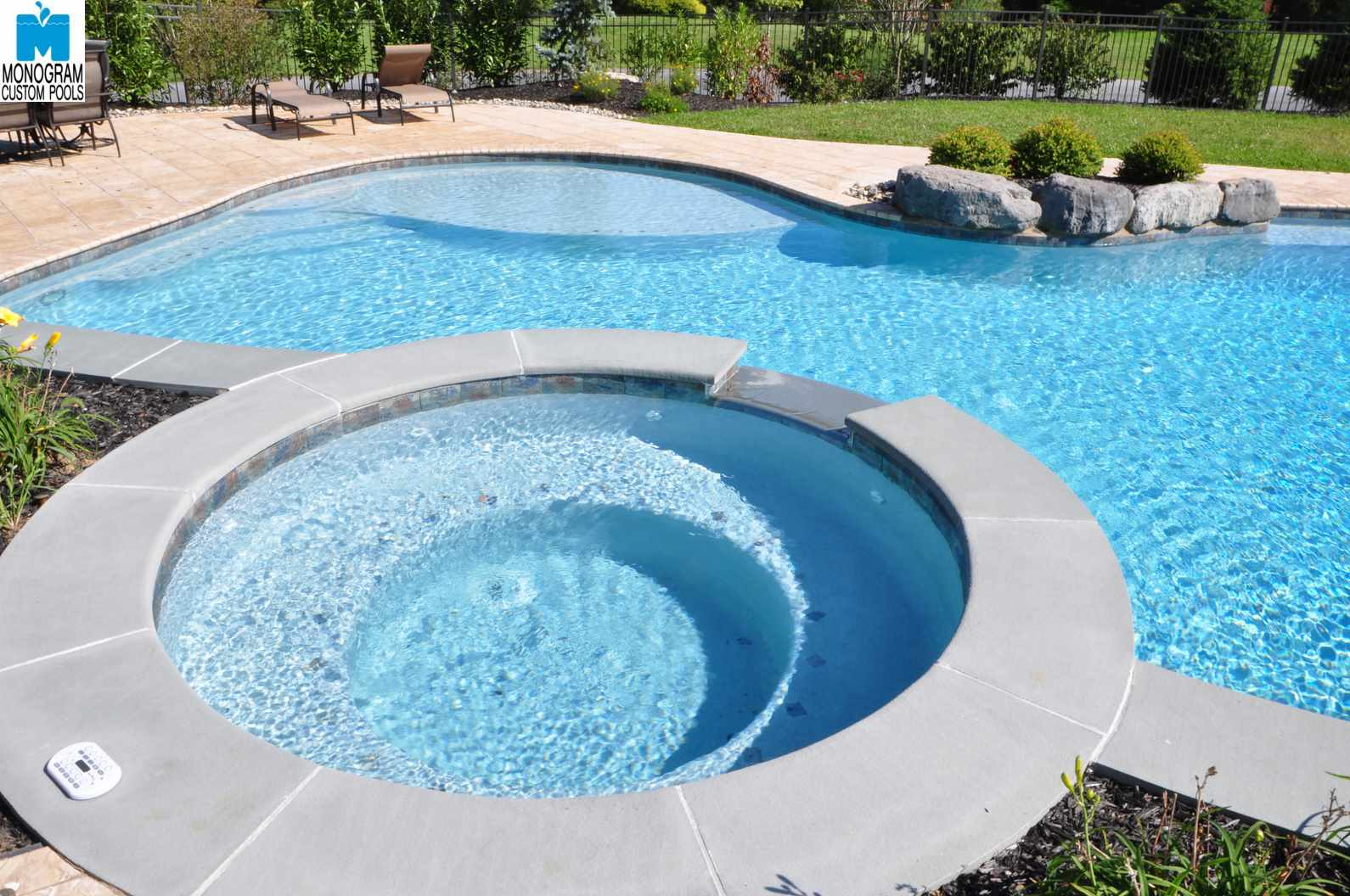Custom Pool Builder Bucks County Pa